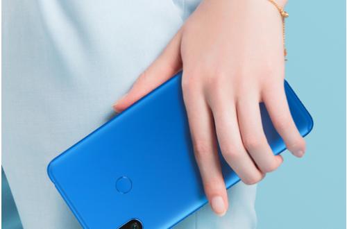 Популярный смартфон Xiaomi Mi Max 3 выходит в новой расцветке