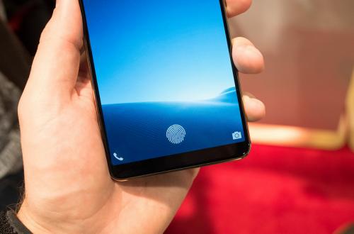 Все три модели Samsung Galaxy S10 получат подэкранные дактилоскопические датчики