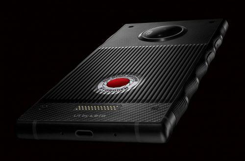 Cмартфон Red Hydrogen One выглядит впечатляюще на новых официальных изображениях