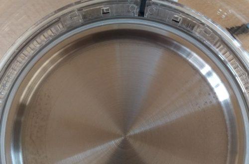 электрический чайник с прозрачным корпусом и подсветкой