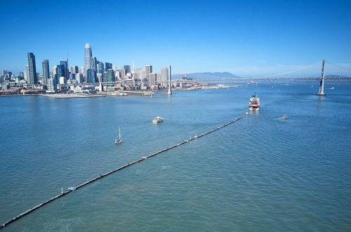 Запущена первая в мире полноценная установка для очистки океана от пластикового мусора