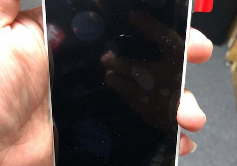 Живые фото Nokia X7 (Nokia 7.1 Plus) подтверждают отсутствие «брови»