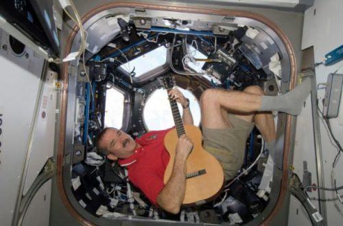 Канадский астронавт: первые на Красной планете станут марсианами