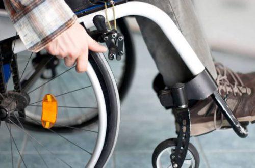 Ученые вернули парализованному человеку способность ходить