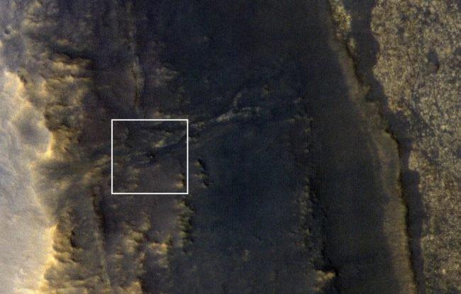 Орбитальный марсианский зонд сделал фотографию безмолвного марсохода «Оппортьюнити»