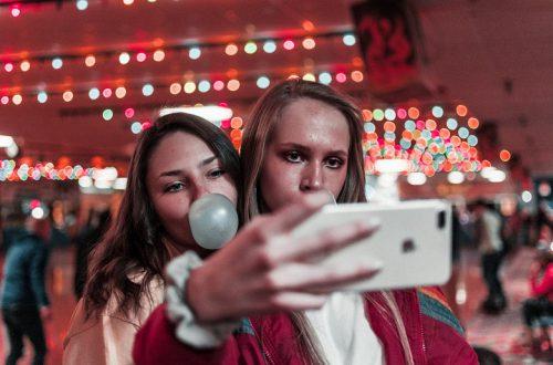 В Instagram разрешат отмечать друзей на видео