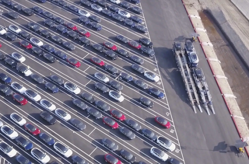 Tesla начинает «моментальную доставку» электромобилей Model 3