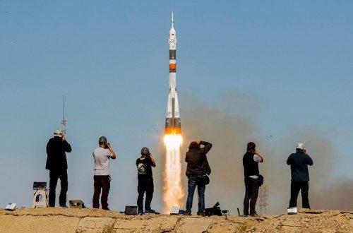 Сегодня произошла первая в истории России авария при запуске пилотируемого корабля «Союз»