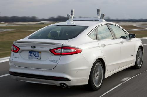 Новыми автомобилями Ford можно будет управлять смартфоном, как в современных мобильных играх