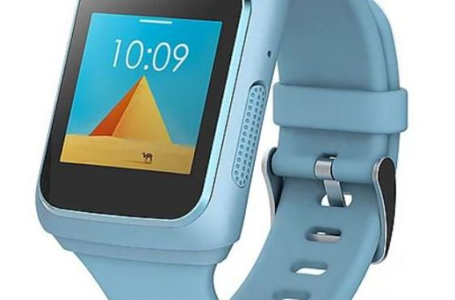 Умные часы Lenovo Watch C предназначены для детей