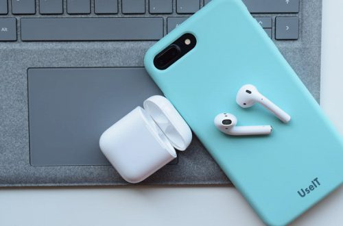 Полностью беспроводные наушники Apple AirPods 2 уже на подходе
