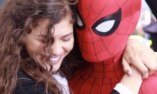 Питер Паркер снова в школе на кадрах «Человек-паук: Вдали от дома»