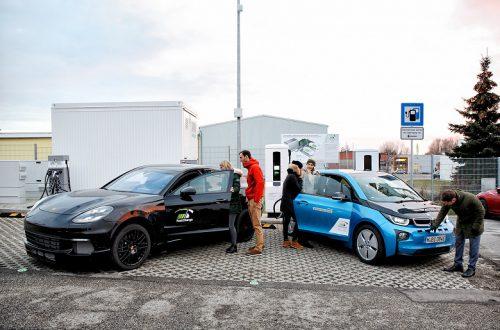 Прототип зарядного устройства, созданного консорциумом во главе с BMW Group, за три минуты заряжает электромобиль на 100 км пути