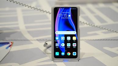 Фотогалерея дня: «живые» снимки смартфона Honor View 20 с дырявым экраном
