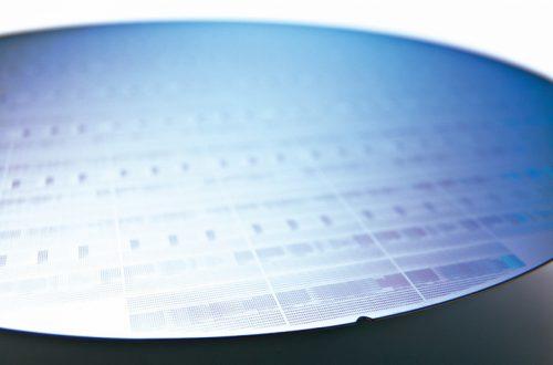 В Intel «вполне удовлетворены» прогрессом в разработке 7-нанометрового техпроцесса
