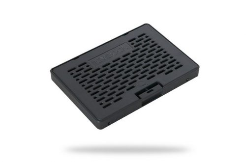 Icy Dock EZConvert MB703M2P-B превращает SSD типоразмера M.2 в накопитель типоразмера 2,5 дюйма