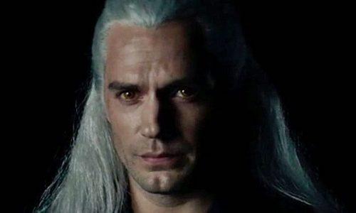 Генри Кавилл высказался о сериале «Ведьмак» и показал своего коня