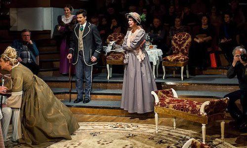 Рецензия на спектакль «Дядюшкин сон», театр «Сфера». Почти смешной водевиль