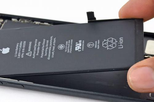 Apple заменила 11 млн аккумуляторов для iPhone в 2018 году