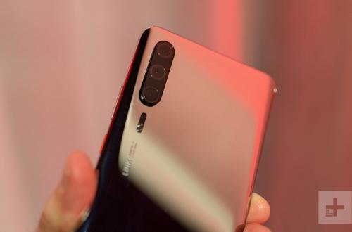 Huawei P30 и Huawei P30 Pro могут задержаться до апреля, а в марте выйдет только Huawei P30 Lite