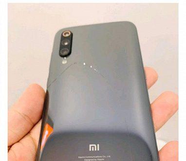 Не такой крепкий, как хотелось бы: Xiaomi Mi 9 уже проверили на прочность