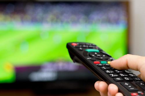 Россияне платят за телевидение в среднем 178 рублей в месяц, темпы роста рынка платного телевидения падают