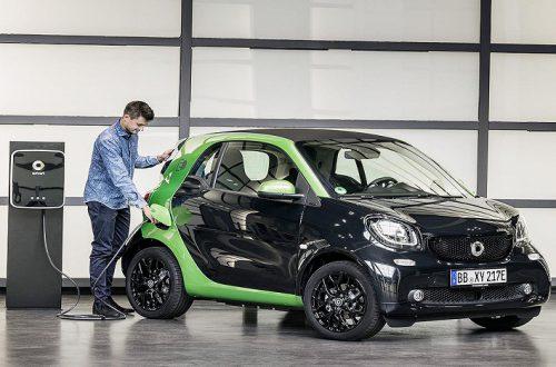 Smart остается, но будет немецко-китайским: Daimler и Geely Holding создают совместное предприятие
