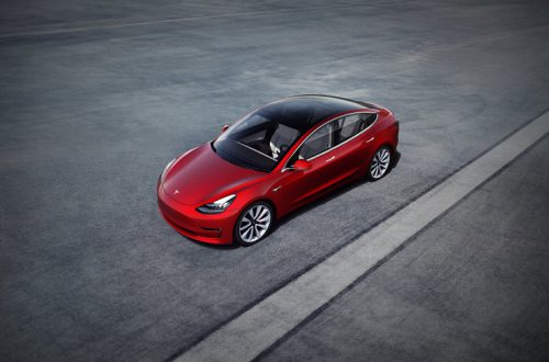 Обещанного три года ждут. Tesla запустила заказы на «народную» Model 3 за 35 тысяч долларов