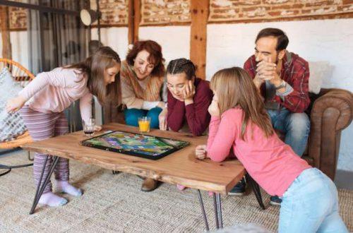 Archos Play Tab — гигантский планшет с Android, 22-дюймовым экраном и шестимиллиметровым защитным стеклом