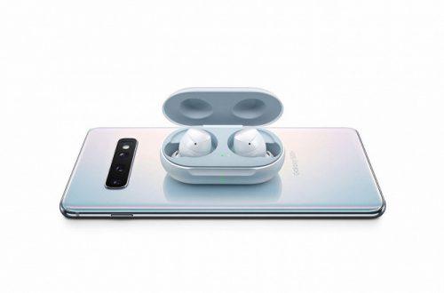 Дешевле Apple AirPods. Беспроводные наушники Samsung Galaxy Buds поступили в продажу