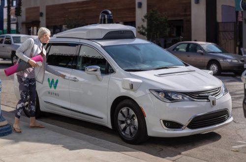 Из-за коронавируса приостанавливается тестирование самоуправляемых автомобилей