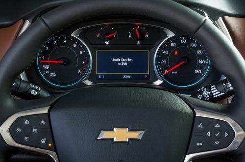 Chevrolet внедряет функцию Buckle to Drive, которая не дает машине тронуться с места, напоминая водителю о необходимости пристегнуться