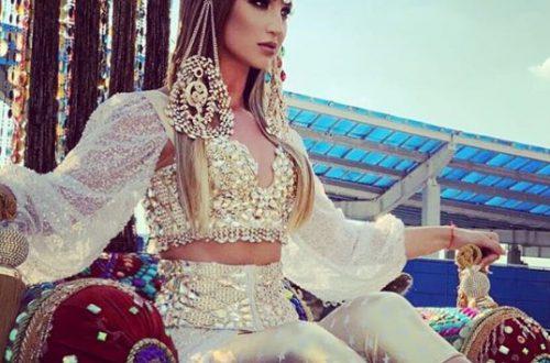 Ольга Бузова поразила публику, въехав на красную дорожку МУЗ-ТВ на верблюдах в образе восточной царицы