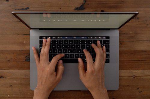 Ноутбук MacBook Pro с 16-дюймовым экраном по габаритам не будет крупнее 15-дюймовых моделей