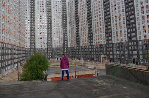 Триумфатор Кинотавра «Большая поэзия» выйдет в российский прокат