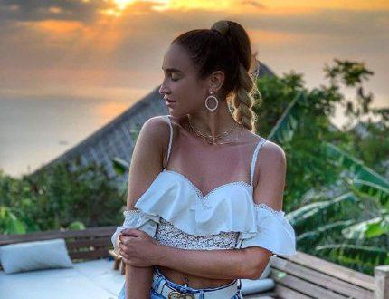Ольга Бузова лишилась дорогой вещи из-за обезьян на Бали