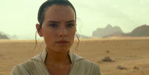 """Состоялась премьера тизера фильма """"Звёздные Войны: Скайуокер. Восход"""""""