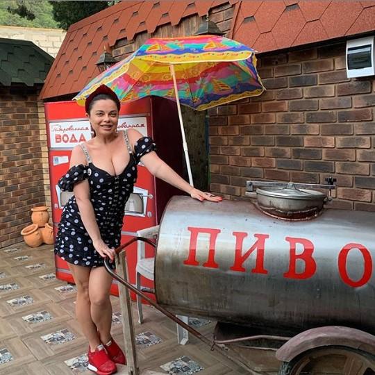"""""""Не врите"""": Наташа Королёва вспылила из-за информации о беременности возлюбленной сына"""