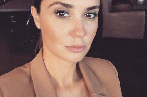 Актриса Агата Муцениеце показала себя без макияжа