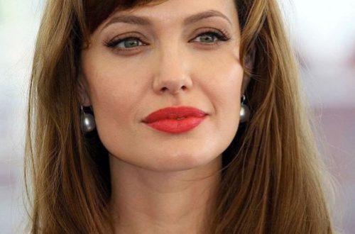 Анджелина Джоли показалась в образе блондинки-супергероя для нового блокбастера MARVEL