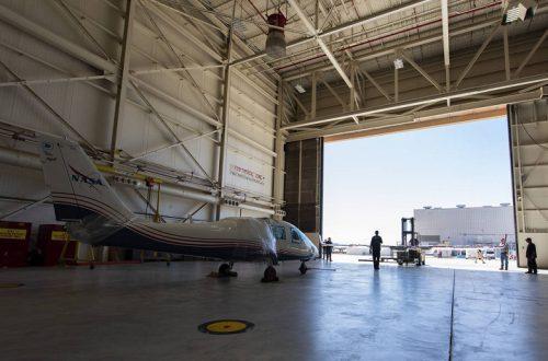 В исследовательский центр NASA доставлен первый полностью электрический экспериментальный самолет
