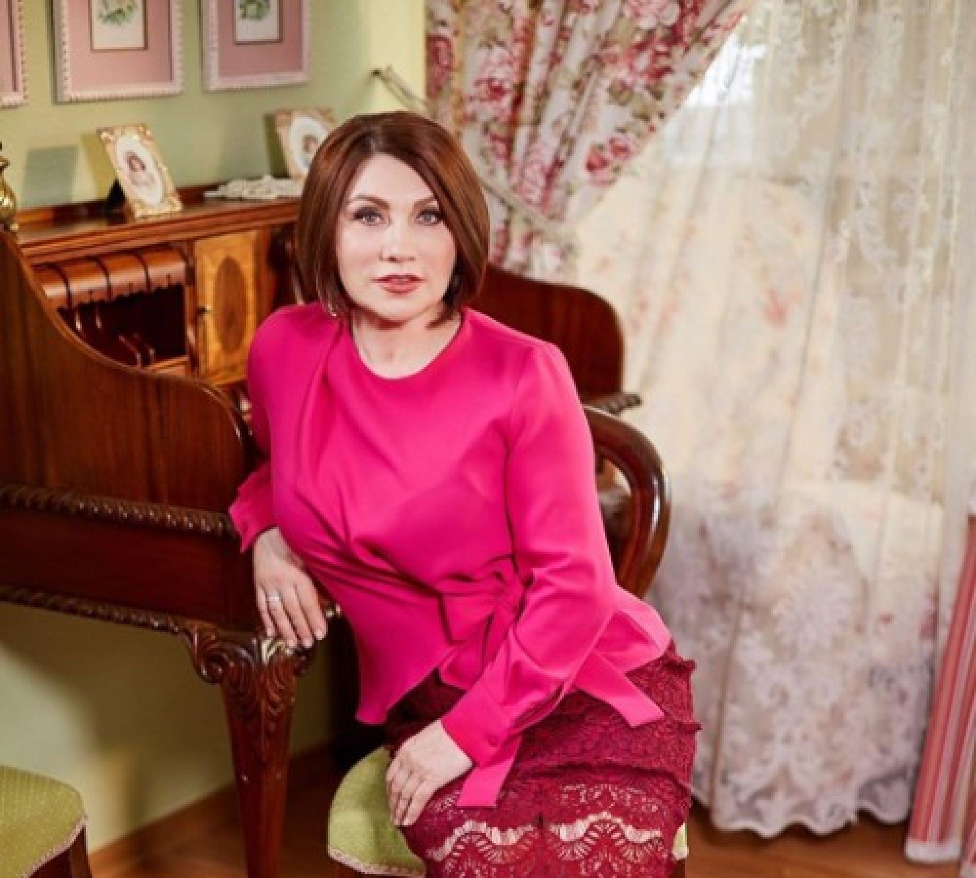 """""""Мы - крутые бабки"""": Обнажённая Роза Сябитова рассказала о сексуальности женщин """"за 50"""""""
