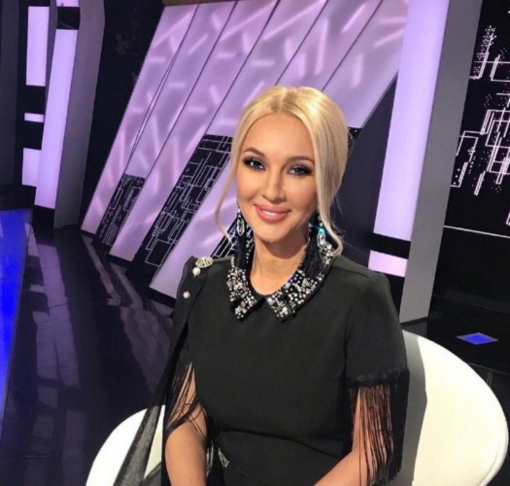 Не для слабонервных: Лера Кудрявцева показала удалённые грудные импланты и отказалась от новой операции