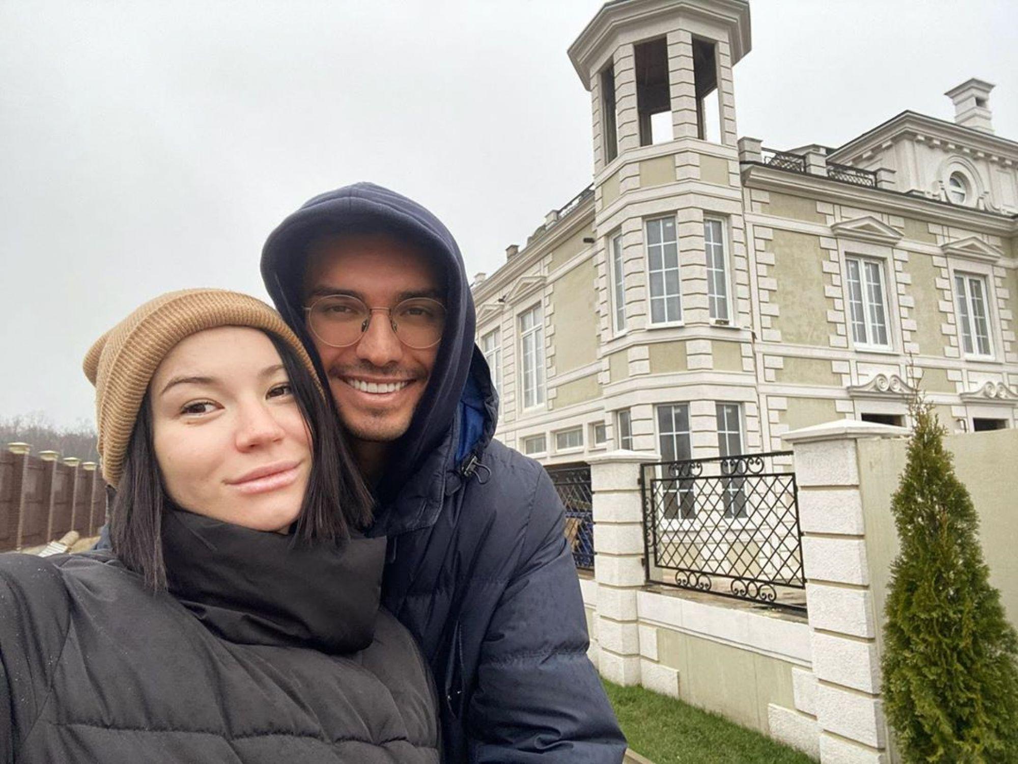 Ида Галич приобрела замок в ипотеку