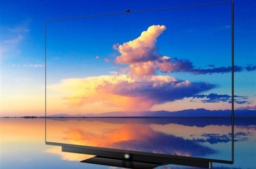Экран 4К, кадровая частота 120 Гц, HarmonyOS и цена почти $2000. Стартуют продажи нового флагмана Huawei