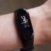Производитель Xiaomi Mi Band и Amazfit анонсировал гаджет T-Rex из новой категории устройств