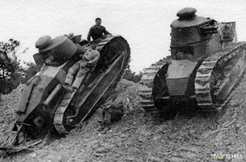 """Лучший танк Первой мировой войны Renault FT из кубиков """"лего"""""""