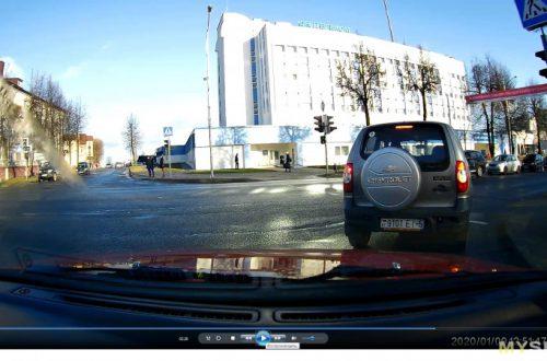 Видеорегистратор YI Nightscape Dash Cam. Не обзор, но предостережение...
