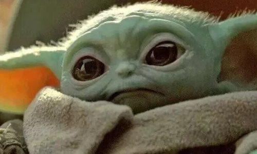 Как Малыш Йода выглядит с человеческой кожей. Ужасно