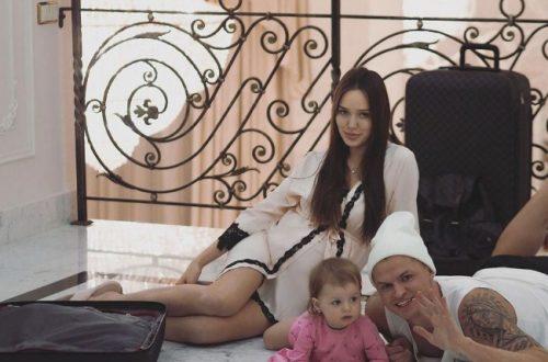 Муж-футболист Анастасии Костенко вырвался с тренировочных сборов, чтобы забрать её из роддома